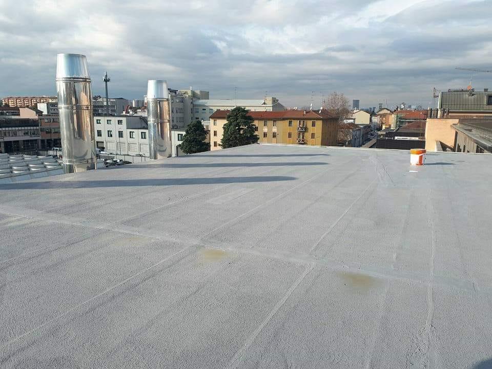 prodotto per impermeabilizzare un tetto piatto